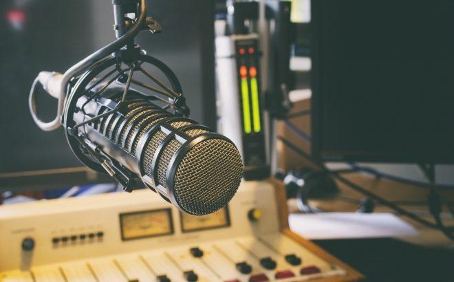 Abraço nacional obtém primeira vitória em projeto que aumenta potência e frequências para rádios comunitárias