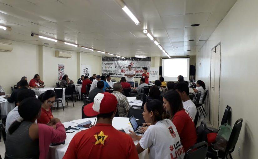 Curso de formação para dirigentes do PT reforça a candidatura de Lula no Maranhão