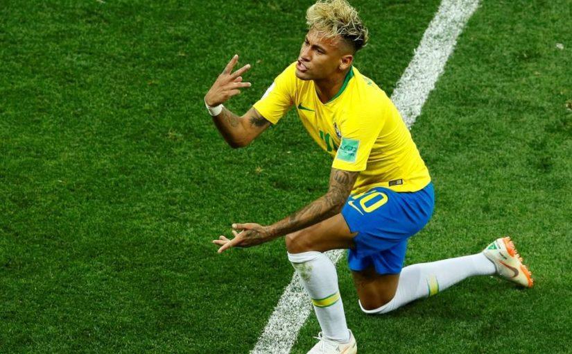 Gênios e espírito coletivo no futebol