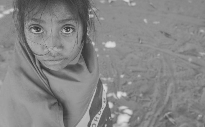 """Casa D'Arte recebe exposição fotográfica """"Crianças Tentehar"""" e show com Djuena Tikuna"""