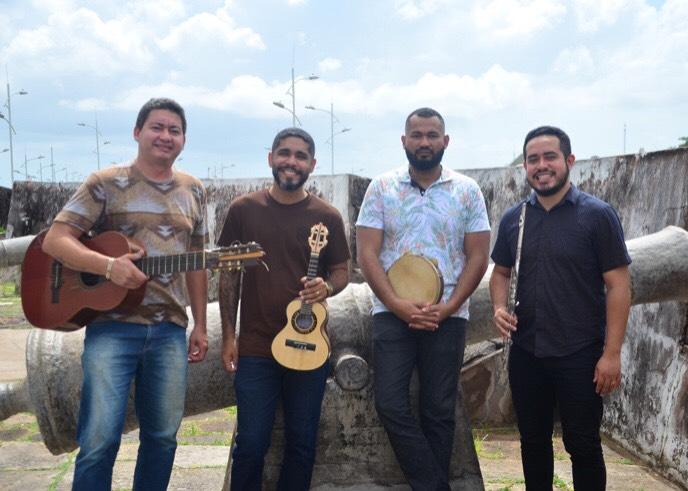 Temporada 2019 de RicoChoro ComVida na Praça estreia com a guitarrada do Pará