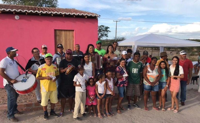 Rádio comunitária Tapera FM entrega casa nova construída em campanha de solidariedade