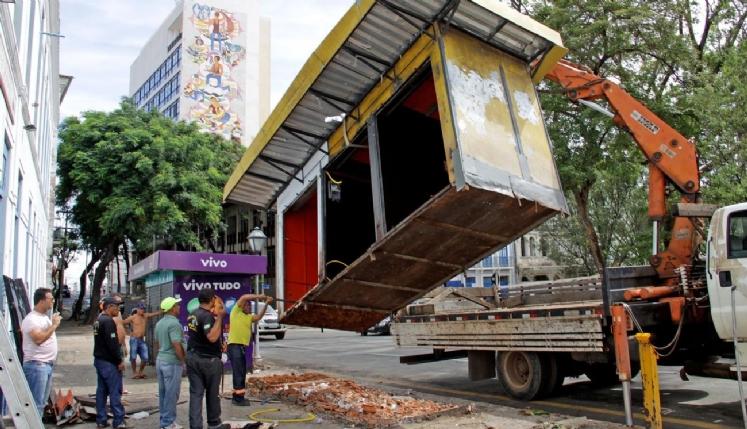 Ameaçadas de extinção, bancas de revista e jornais de São Luís resistem e organizam associação
