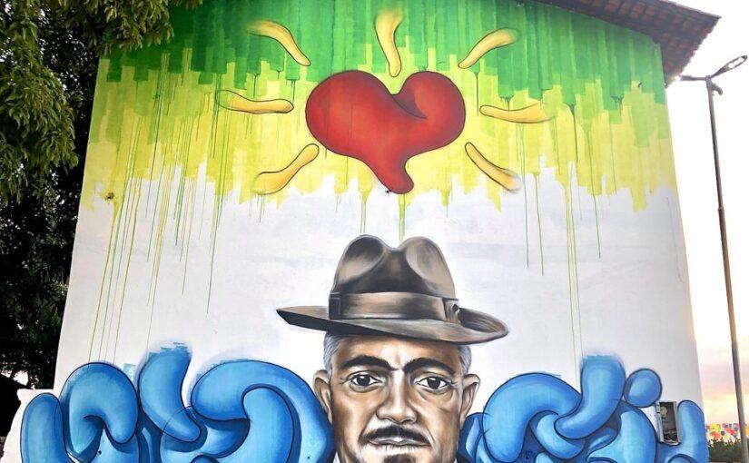 Mestre 'Calça Curta', do bumba meu boi da Maioba, é homenageado com mural