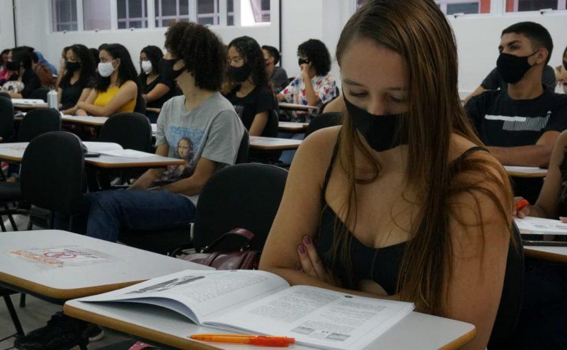 Fim de semana de Aulão do Enem mobiliza estudantes em Imperatriz