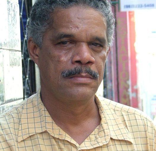 Dois velórios: Cunha Santos leva para o túmulo o jornal de papel